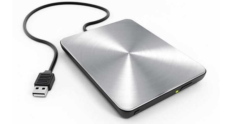 Recupero dei dati da un hard disk esterno che si è bloccato durante una copia dati