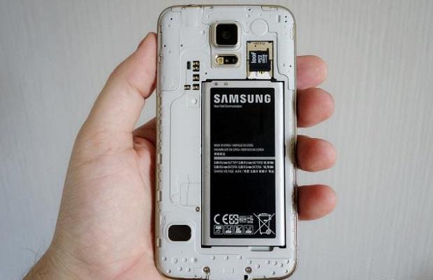 recupero di file multimediali da una memory card a bordo di un Samsung S5